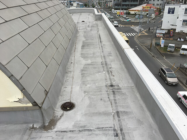 屋根の補修前